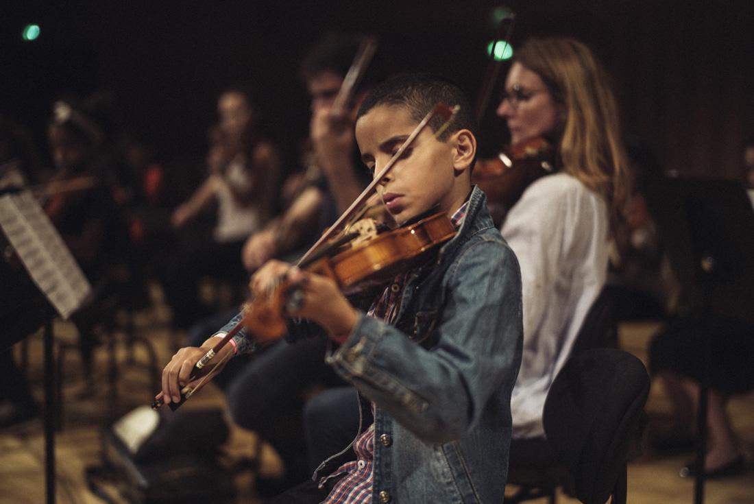 Remise des instruments de l'orchestre Démos Reims