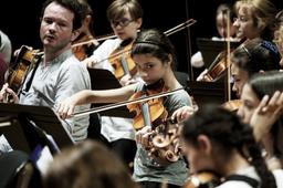Concert des orchestres Démos Île-de-France et de l'orchestre passerelle du Soissonnais les 25 et 26 juin 16 à la Philharmonie de Paris   Mignot, Julien. Photographe